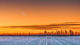 Waning Crescent Moon At Dawn 20141220