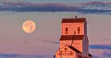 Full Moon & Grain Elevator At Sunrise 16998