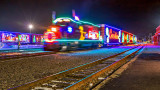 CP Holiday Train 2016 Both (P1160024)