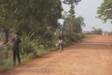 _3884 entre Siem Reap et le Lac Tonle Sap.jpg
