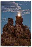 Full Moon at Mono Lake 11-1-14