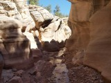 LB158204 slot canyon utah.jpg