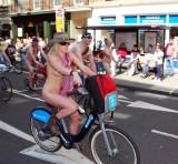 London World Naked Bike Ride 2013147e.jpg