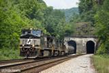 Huger Tunnels