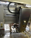 20130706-milking robot at the work