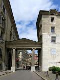 Vieille ville de Genève, la  porte romaine