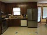 Kitchen Before - 4.JPG