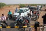 2014078949 Level Crossing Jaisalmer.JPG