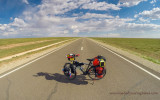 466  Nikolay touring Mongolia - Cube Delhi RF touring bike