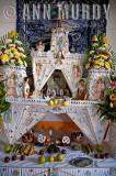 Altar viejo por la familia Castro Blas