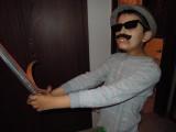 Disguised swordsman