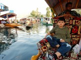 Cruisin' Dal Lake in Srinagar