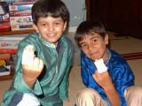 Pal Sachin has the same injury!  (Basketball related)