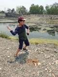 Skipping stones at the Asan Barrage