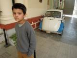 DSCN0926 BMW 300 Isetta 1959 Gwalior Palace.jpg