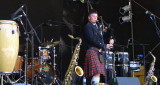 Riley Foster Evans opens Live Oak 2014 amid a sea of instruments