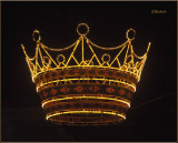 Zona Rosa Crown