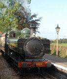 4512 arrives at Williton.