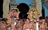 Perumal Kovil Dhavana Uthsavam Day2 - Evening Sri Dhivya Thambathigal Purappadu - Sri Perarulalan Kalinga Narthana Sevai