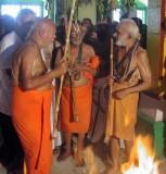 6. h h parakala mutt jeer 80th Thirunakshtram (old photo three yathis).jpg