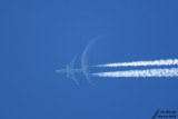 09-08-2007 : The plane & the moon / L'avion et la lune