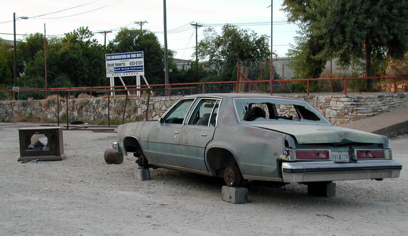 Abandoned Car in North East Austin, Texas - Close to Pflugerville