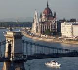 Parliament and Chain Bridge