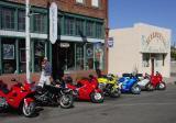 Line up at El Ranchito