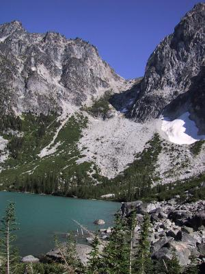 Another view of Aasgard Pass