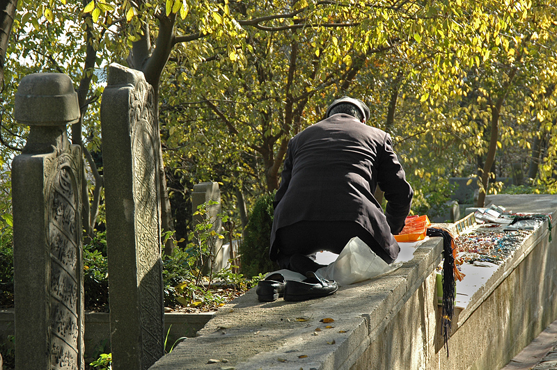 Outdoor prayer