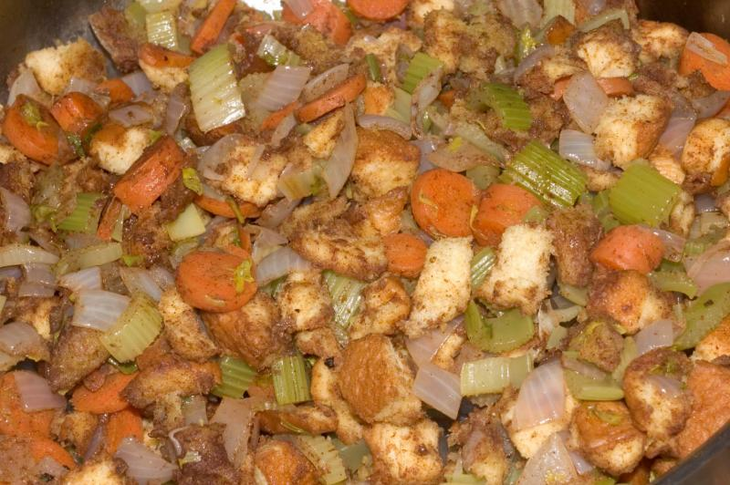 family trad poultry stuffing (large)