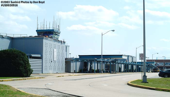 Old terminal and Air Traffic Control Tower at Newport News Williamsburg International Airport stock photo #6704