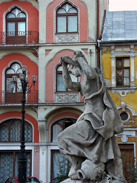 Oradea - outside the State Theatre