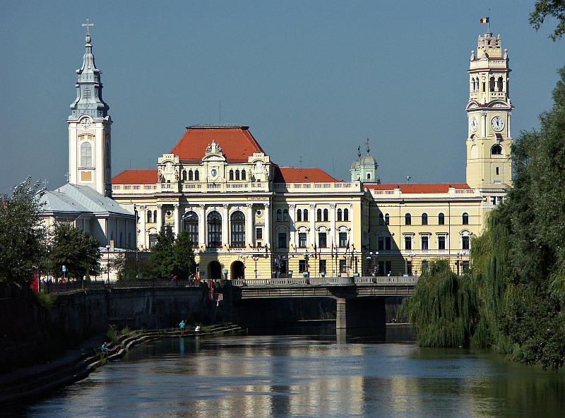 Oradea - City Hall and Crisul Repede river