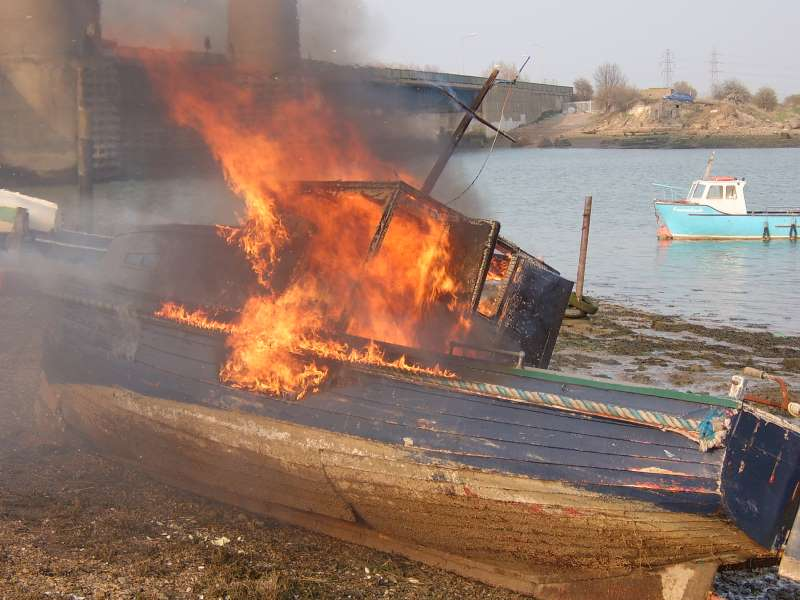 Boat on fire 3
