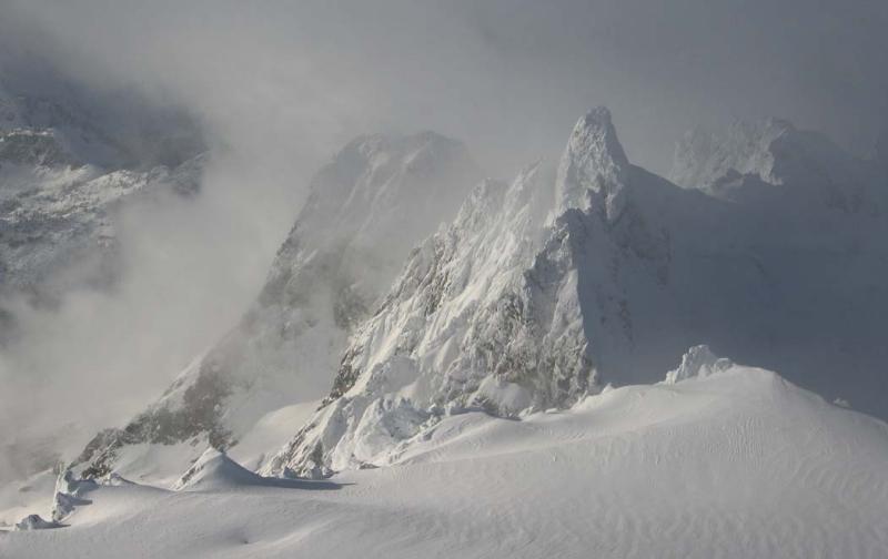 Dorado Needle, E Ridge (DoradoNeedle121104-01adj.jpg)