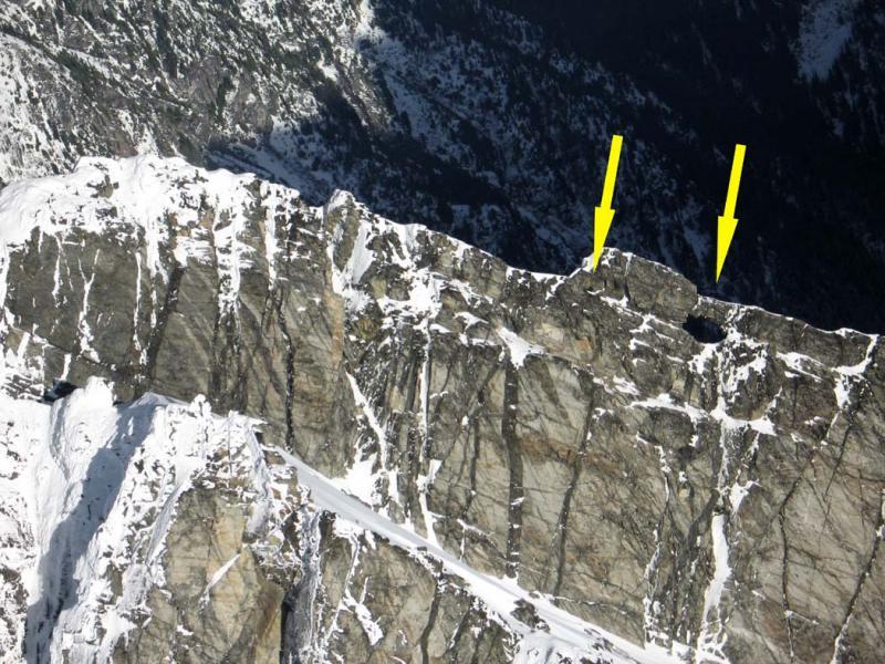 Bullet Hole, Cannon Hole:  Snowfield, E Ridge (Snowfield122304-09.jpg)