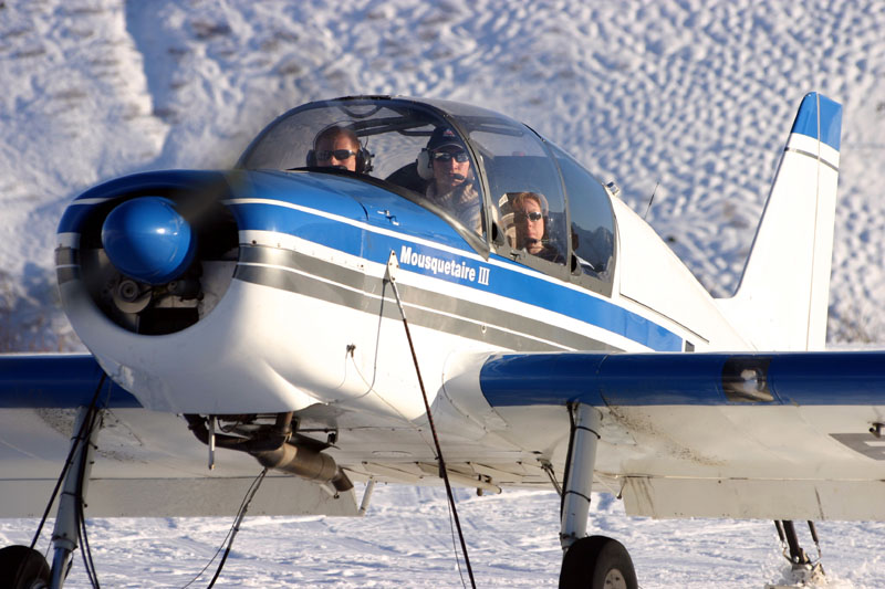 Flying in the Mountains025.jpg