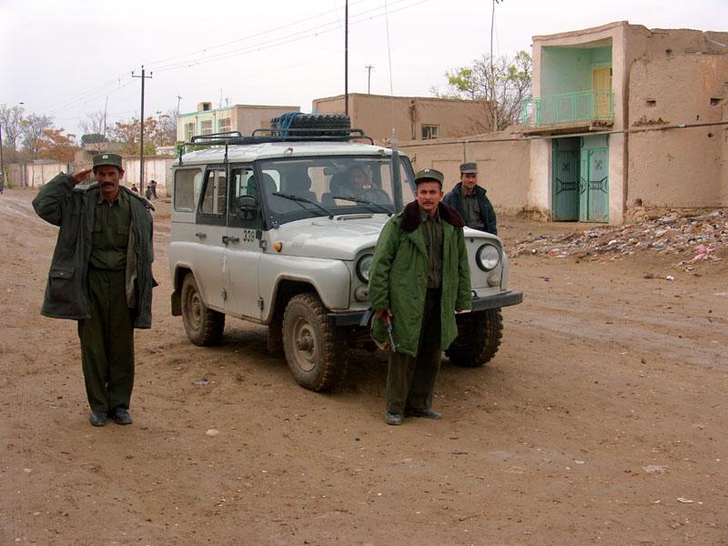 Guards on duty 21 December, 2004