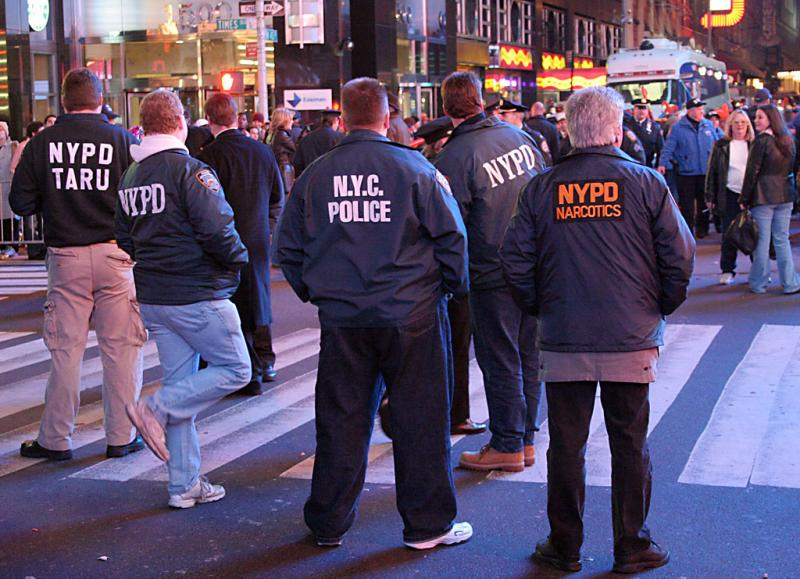 Police line, Times Square