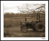ds20050101_0055a3wF Tractor.jpg