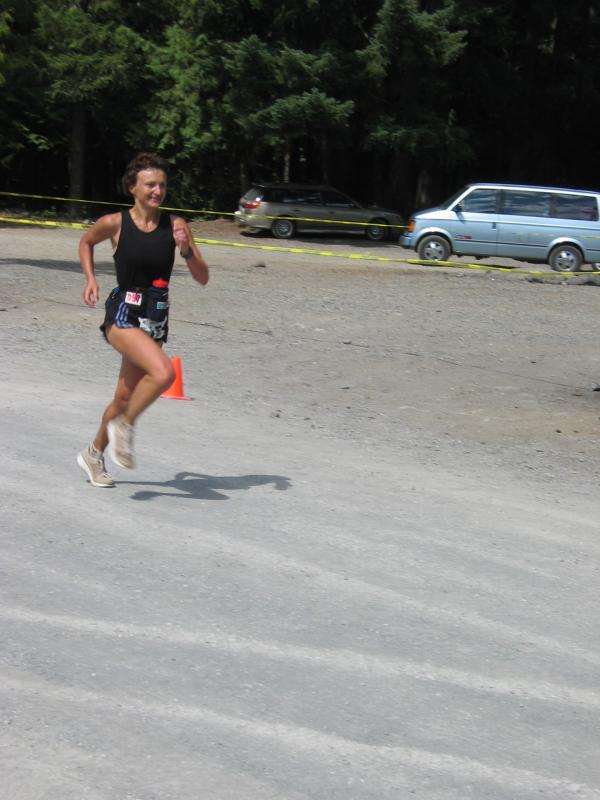 <br>Tania Pacev</br> <br>4th woman -  8:33:02</br>