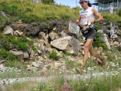 Scott Jurek starting his descent from Sun Top