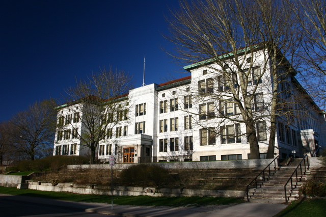 Fosdick-Masten Vocational High School