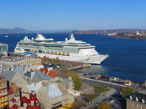 Le «Jewels of the seas» au port de Québec