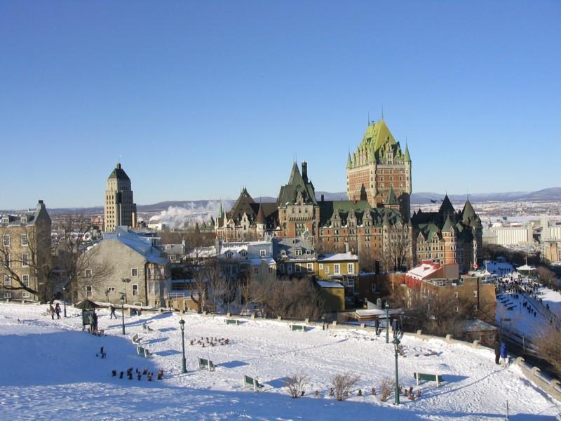 Le chateau Frontenac et le vieux Québec