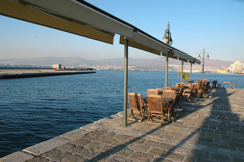 Izmir Konak Pier
