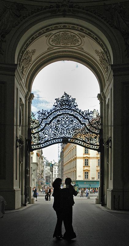 Viennese Waltz, Backlighting 6th place Exhib)