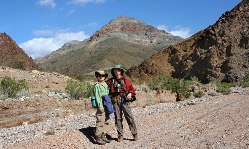006 Dee & Karl in Titus Canyon_9627Ps`0503021413.jpg