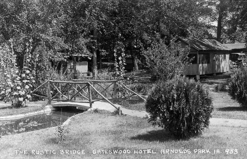Rustic Bridge Gateswood West Okoboji